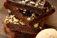 Chocolate Brownies / Chocolate Brownies by our Sweet Creations range #kayak_inspiration #kayak_icecream