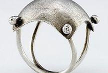 jewel/ring