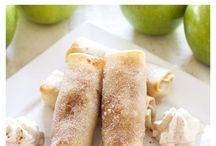 baked apple pie in wrappers