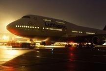 Night Flight / Photos of aircraft and flying at night