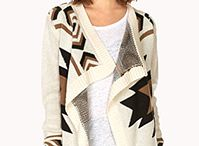 Black and white Sweaters / Sweaters for fall and winter