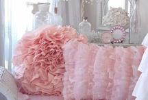 Pretty in Pink / by Steph Devlin