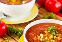 Soups and Stews / by Katie Jasiewicz