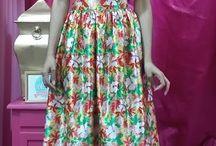 LONG SKIRTS / Crop tops con faldas #CHIC #TRENDY  AMARAS TODOS LOS ESTILOS  CHICA NUESTRA PAGINA EN FACEBOOK  www.facebook.com/YoSOyOhLaLa
