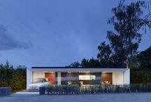 Pequeño Espacio Modular / Casa modular de diseño con amplias cristaleras y paredes plegables.  http://www.EstudioDReam.es