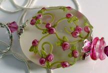 lampwork bead pendant