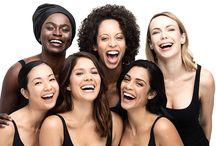 Lina Hanson / Lina Hanson fondatrice, Celebrity Makeup Artist e Natural Beauty Expert è nata e cresciuta in Svezia, lo stato green per eccellenza. Curiosa ed intraprendente, Lina si trasferisce a New York City dove studia per diventare una Makeup Artist. Dopo anni di formazione, si trasferisce a Los Angeles dove afferma la sua carriera come truccatrice.