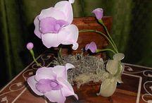 vasi di orchidee / orchidee create da me con filanca, collant e calzini, liberamente copiate dalla natura e libere per essere copiate e dar concreta ispirazione alle amiche creative