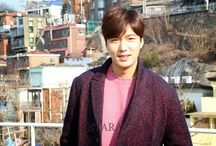 "Lee Min Ho ""Media Interview 2015"" / Interview 14.01.2015  Interview 16.01.2015  Interview 15.01.2015  Interview 17.01.2015 Interview 18.01.2015 Interview 23.01.2015 Interview 24.01.2015 Interview 25.01.2015 Interview 29.01.2015 Interview 30.01.2015 Interview 01.02.2015 Interview 11.02.2015"