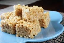 GF/Veg Desserts/Snacks / by Michelle Aharoni