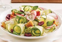 Salades / Au menu, des salades santé et rafraîchissantes. En accompagnement, en entrée ou en plat principal, inspirez-vous de notre sélection de recettes originales.