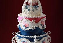 Baking Cake - Royal Icing