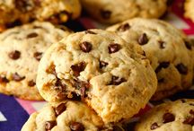 Healthy Chocolate Chip Cookies / Mel