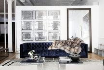 Dark sofa/ Sofá oscuro / Decoración