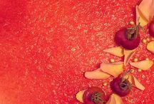 Cheesecake / Ditte Julie / Find b.la. opskrifter på en cheesecake med æble og karamelglaze, en med kirsebær, citron og kardemomme, en med figner, blommer og portvin Og meget, meget mere!