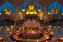 Weddings in Palaces Of Rajasthan / A regal wedding one can imagine can be experienced in Rajasthan. It has become a popular wedding destination in India and couples from all around the world come here to have a grand event.