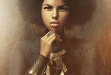 Bushy Crown / Natural Hair