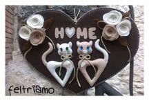 sweet home / dietroporta