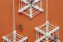 Halloween Crafts / DIY Halloween Crafts for kids and family to enjoy and make together.