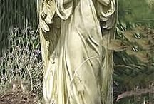 Hϴℒ¥ḎIṼIℕ€ *❀⊱Sculptures, Statues, Figurines, Relief & Carvings⊰❀ / by Susie Hanks Swain
