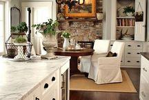 Kitchen / by Margaret Bennett