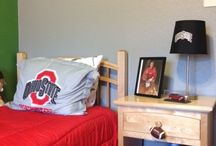 Ohio State Bedroom Makeover / Ohio State Bedroom Makeover