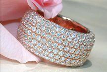 Schmuck und Juwelen