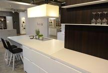 Moderne Küche: Holz mit Mattlack