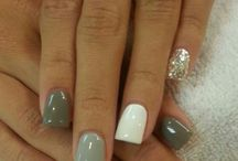 Nails, Gel and everything sparkly