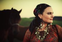 Gypsy Style / A blend of vintage gypsy, bohemian, middle eastern, and Moroccan wearable styles.
