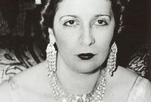 Queen Nazli of Egypt / Nazli Sabri (25 June 1894 - 29 May 1978) was the first Queen of Egypt from 1919 to 1936 as the second wife of King Fuad. She was the daughter of Abdul Rahman Sabri Pasha and Tawfika Sharif. King Fuad and Queen Nazli had 5 children. Farouk I, Princess Fawzia, Princess Faiza, Princess Faika and Princess Fathia.
