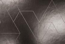 Fractile / La Serie di speciali lastre con decorazione tridimensionale realizzate da Casalgrande Padana su disegno di Daniel Libeskind. Sono state adoperate anche per il Padiglione di Vanke ad Expo 2015