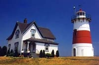 New England Lighthouses / Explore the Best of New England Lighthouses