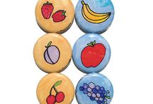 pin back buttons and magnets / by jesma archibald   (nutmegs)
