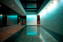 Basement Pool with Moving Floor / This moving pool floor is installed in a basement pool.