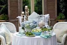 DiNinG PreTTieS... / dining, old tables, chairs, dishes, tablescapes, shabby, vintage, white