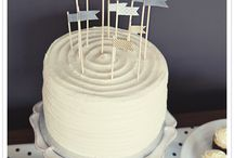 Layer cake and naked cake