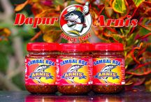 Sambal Roa Arnis / Roa Fish is a Manado local name for Flying Fish. Commonly known as Garfish. Roa Chilli Sauce is made from smashed Roa fish with a spicy taste.