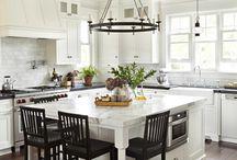 Cottage kitchen islands
