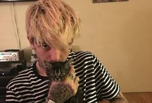 LIL PEEP 1996-2017❤❤❤ / I will miss you so much.I hope you're in a better place.❤❤❤❤ Gustav Åhr 1996 Nov 01-2017 Nov 15