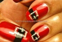 nails / by Tiffany Ferentinos