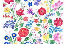 ハンガリー 刺繍