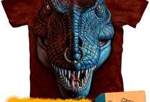 Tricouri cu dinozauri / Tricouri 3D The Mountain din colectia Dinosaurs imprimate cu dinozauri. Tricouri unisex la conserva.