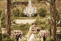 Wedding Ideas / by Kimi Tran