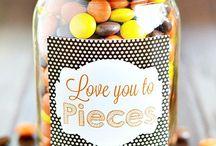Mason jar love you to pieces