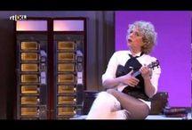 Cabaret Lol Humor / Hier kunt u uren en uren plezier beleven en plat liggen van het lachen met de leukste cabaretiers van Nederland