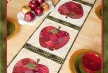 Apple Table Runner Kit
