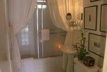 Ceiling high shower curtain