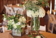 Love the long table centerpieces