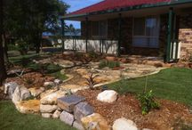 Native Gardens / Transforming your outdoor space into a native environment can increase the flow of your outdoor area. Native plants need less care, they use less water, they have adapted to our environment over a long period of time. Native wild life also benefit !